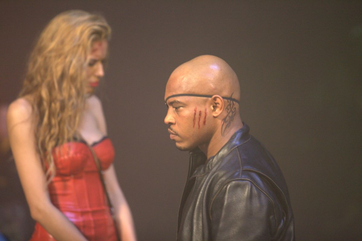Motel: Rebecca Da Costa insieme a Sticky Fingaz in una scena del film