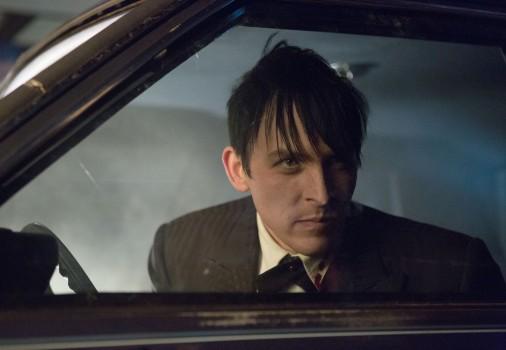 Gotham: Robin Lord Taylor nella puntata The Fearsome Dr. Crane