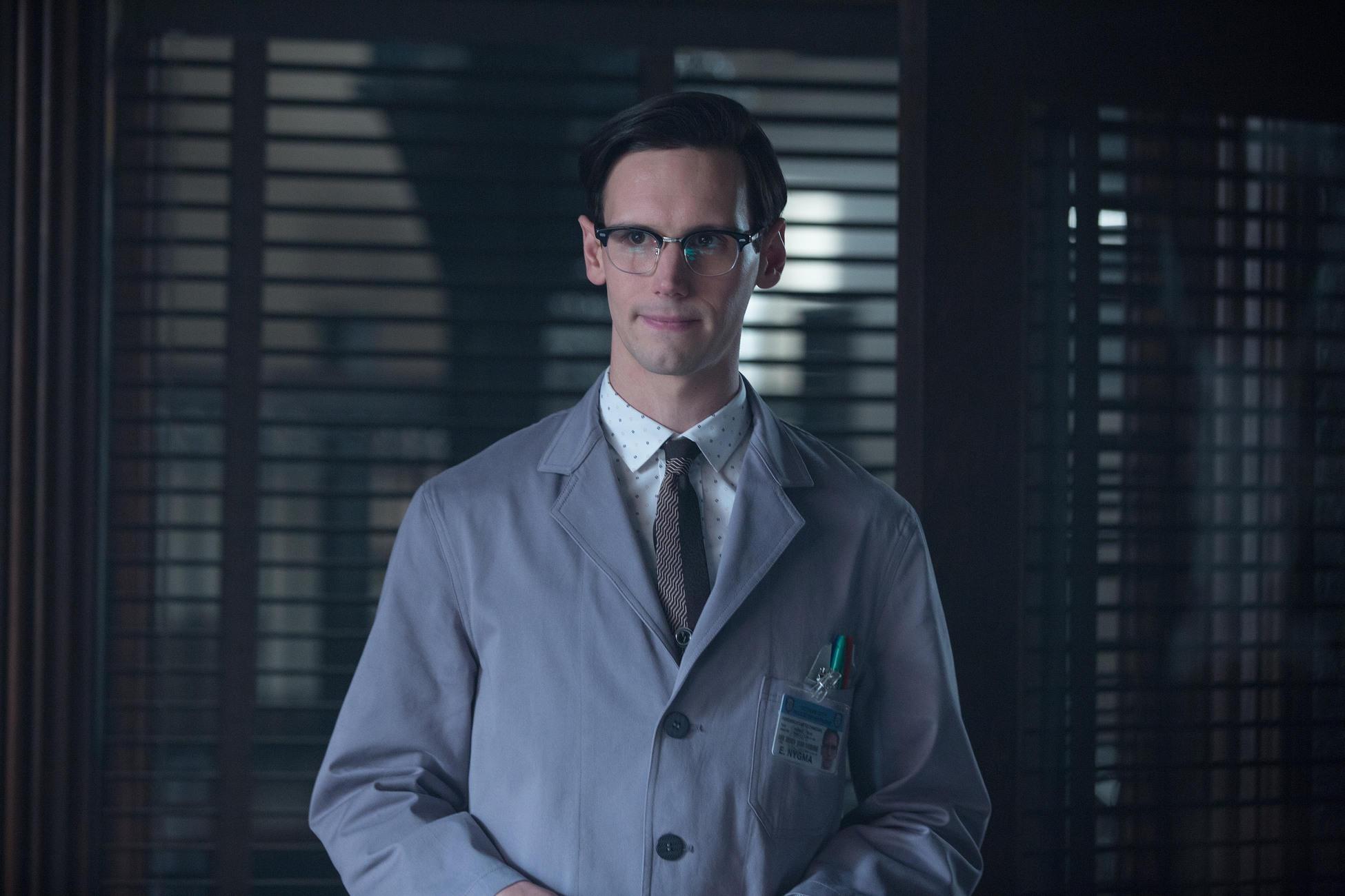 Gotham: Cory Michael Smith nella puntata intitolata The Fearsome Dr. Crane