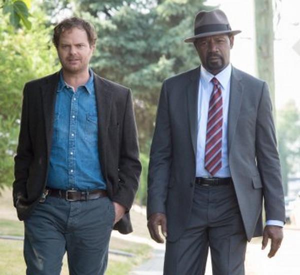 Backstrom: Rainn Wilson e Dennis Haysbert nell'episodio intitolato Bella