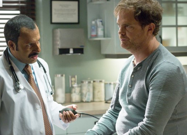 Backstrom: l'attore Rainn Wilson in una scena dell'episodio Takes One to Know One