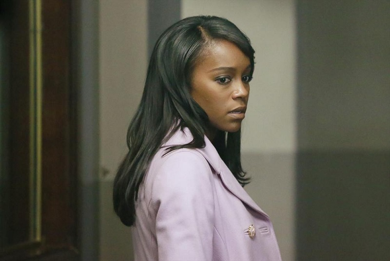 How To Get Away With Murder: l'attrice Aja Naomi King nella puntata Best Christmas Ever