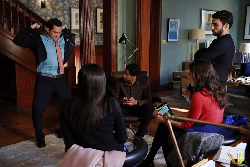 How To Get Away With Murder: Matt McGorry, Alfred Enoch, Jack Falahee e Karla Souza in Mama's Here Now