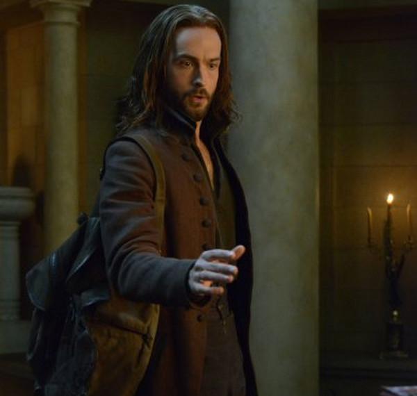 Sleepy Hollow: Tom Mison interpreta Ichabod Crane in What Lies Beneath