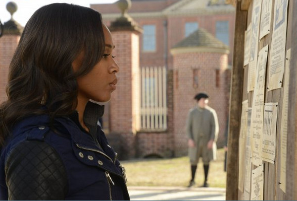 Sleepy Hollow: l'attrice Nicole Beharie in una scena dell'episodio Awakening