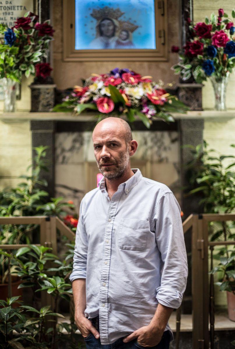 Ma che bella sorpresa: il regista Alessandro Genovesi in una foto promozionale