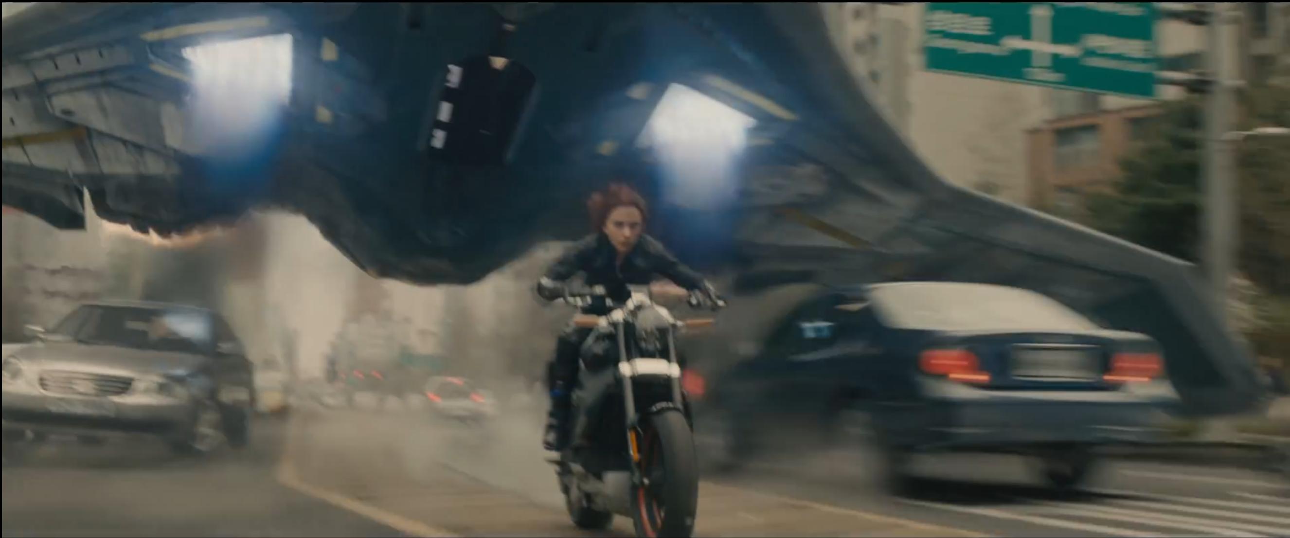 Avengers: Age of Ultron - Scarlett Johansson in una immagine dal trailer