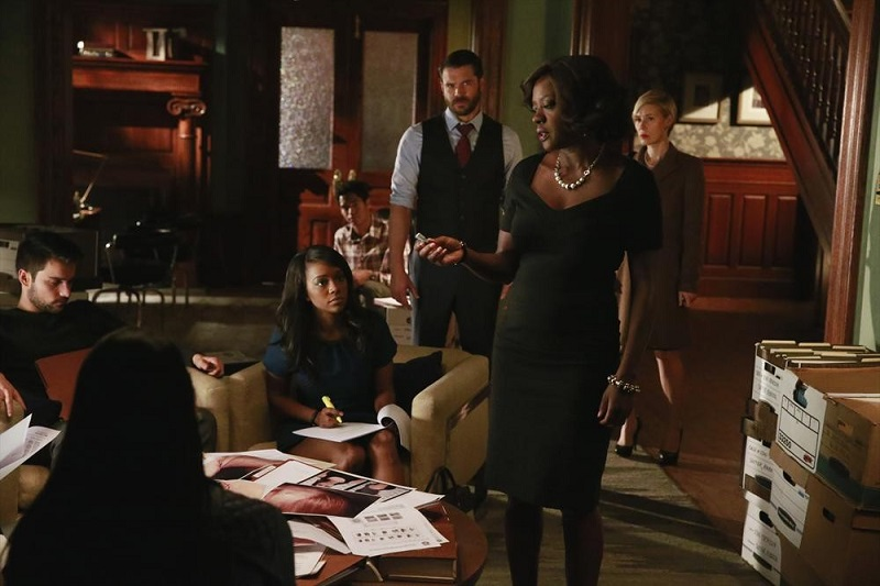 How to Get Away With Murder: Jack Falahee, Aja Naomi King, Alfred Enoch, Charlie Weber, Viola Davis e Liza Weil in The Night Lila Died