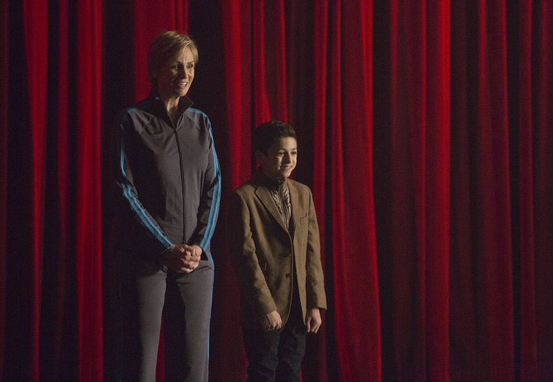 Glee: Jane Lynch in un'immagine della puntata Child Star