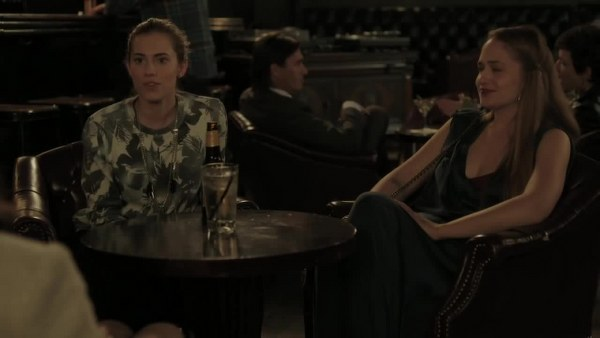 Girls: Allison Williams e Jemima Kirke nell'episodio Cubbies