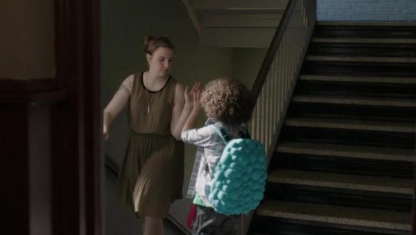 Girls: la protagonista Lena Dunham nell'episodio Ask Me My Name