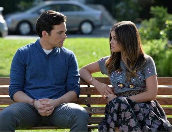 Pretty Little Liars: Ian Harding e Lucy Hale nella puntata To Plea or Not to Plea