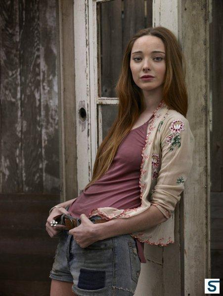 Aquarius: Emma Dumont interpreta Emma nella serie