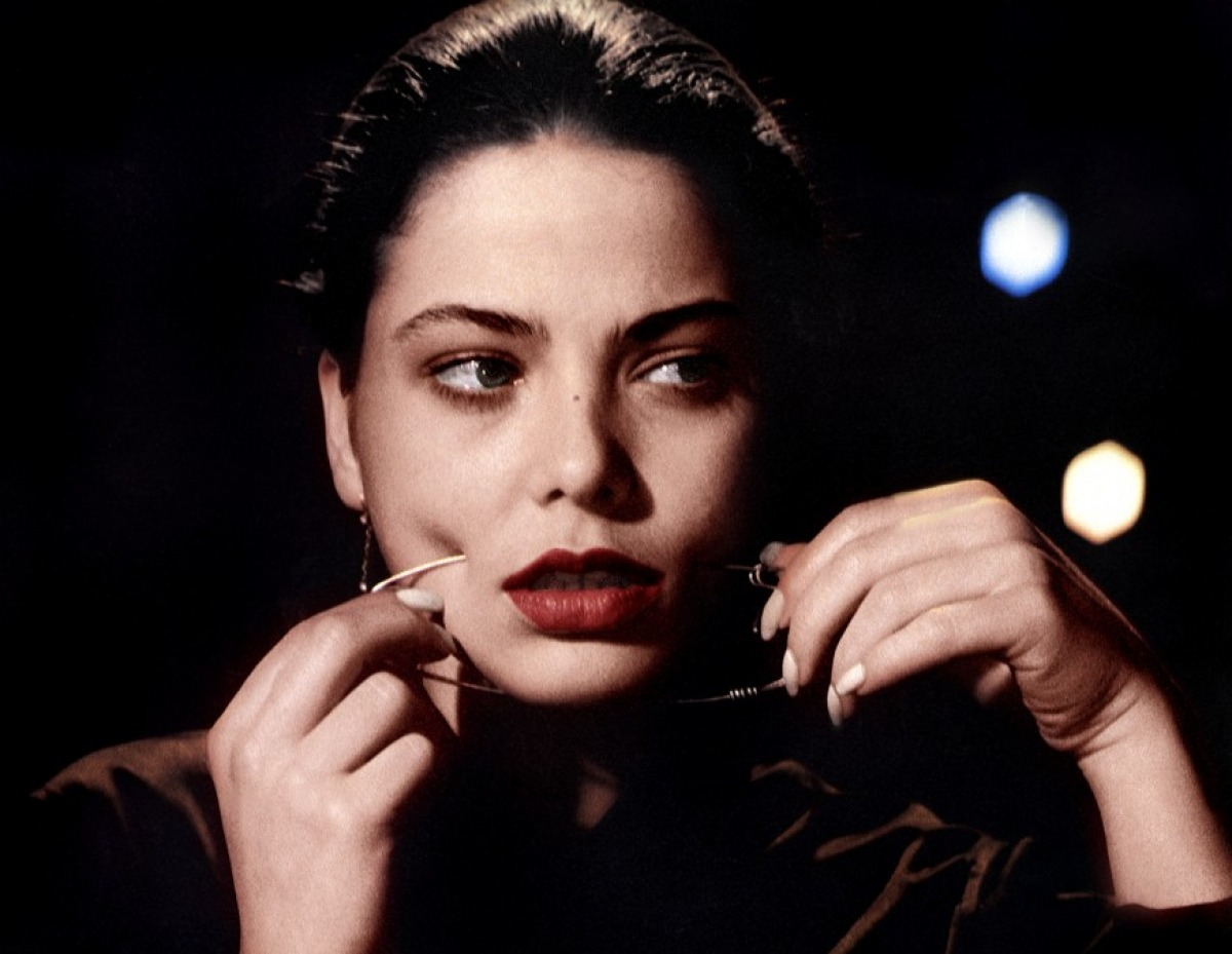 Ornella Muti in Storie di ordinaria follia