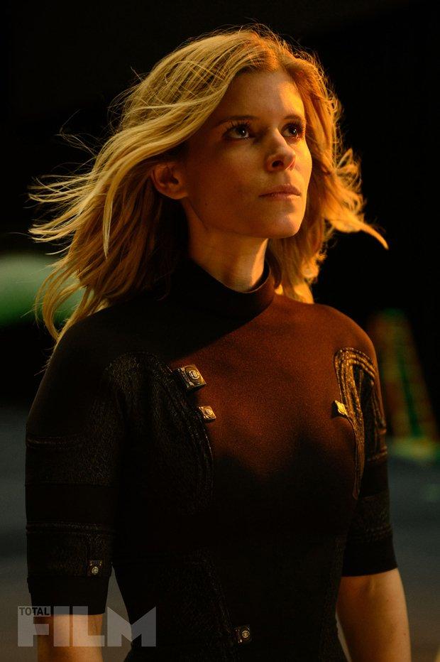 Fantastic 4 - I Fantastici Quattro: l'attrice Kate Mara è Sue Storm in una scena del film
