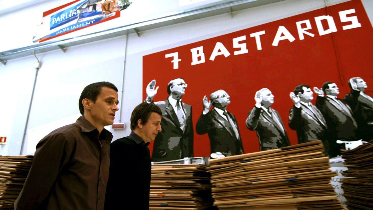 SmoKings: i fratelli Messina nella Yesmoke in un'immagine tratta dal documentario