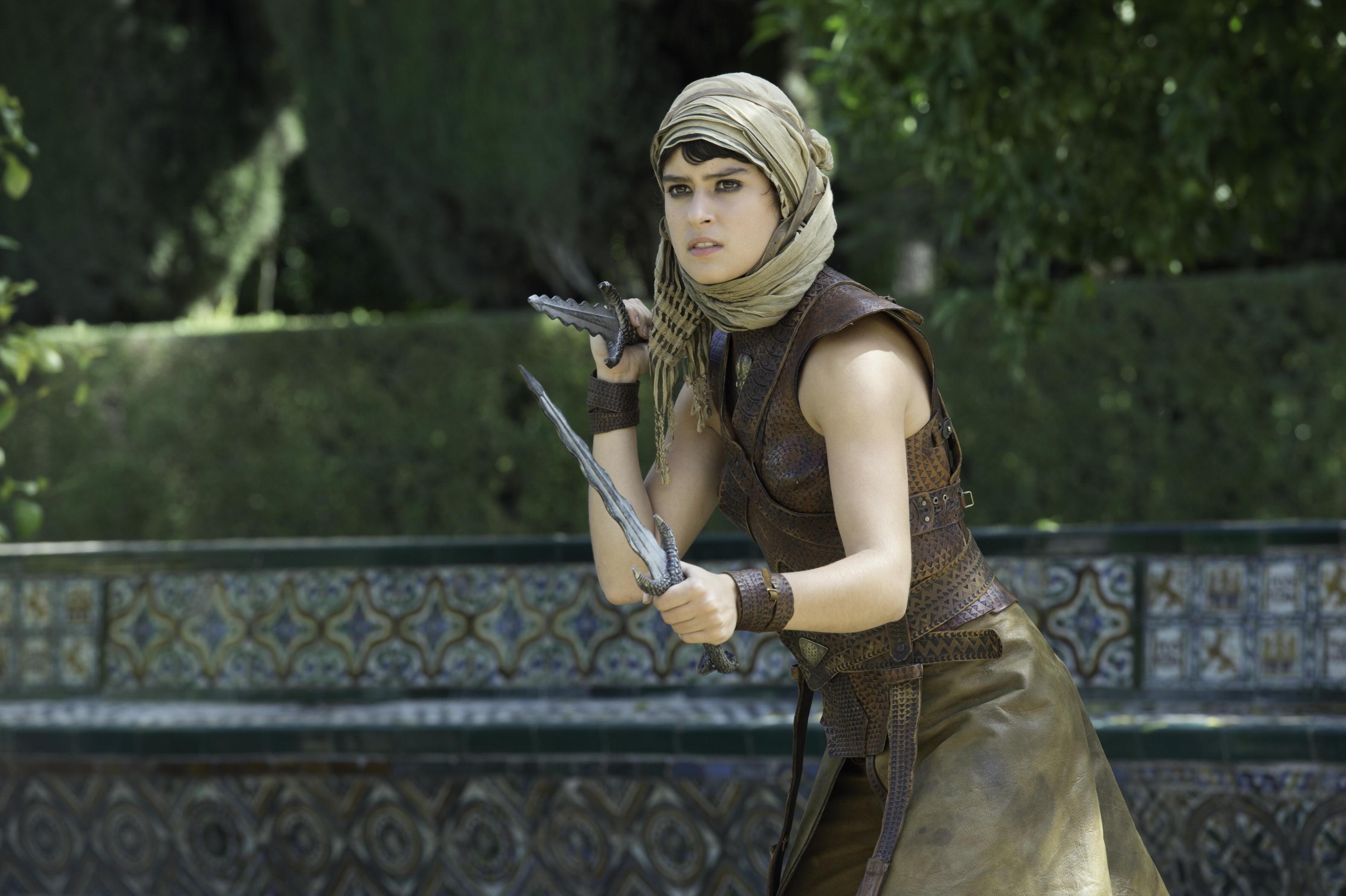 Il trono di spade: l'attrice Rosabell Laurenti Sellers in una scena della première