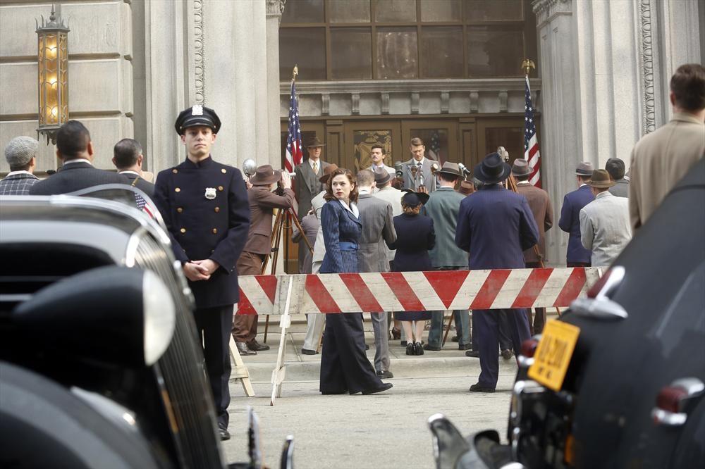 Agent Carter: i protagonisti in un'immagine tratta dall'episodio intitolato Valediction