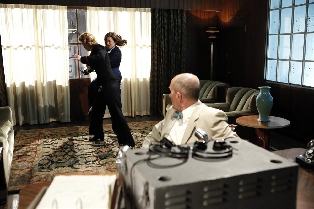 Agent Carter: la lotta tra Peggy e Dottie in Valediction