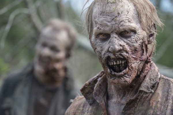 The Walking Dead: due walker apparsi nell'episodio Dimenticare
