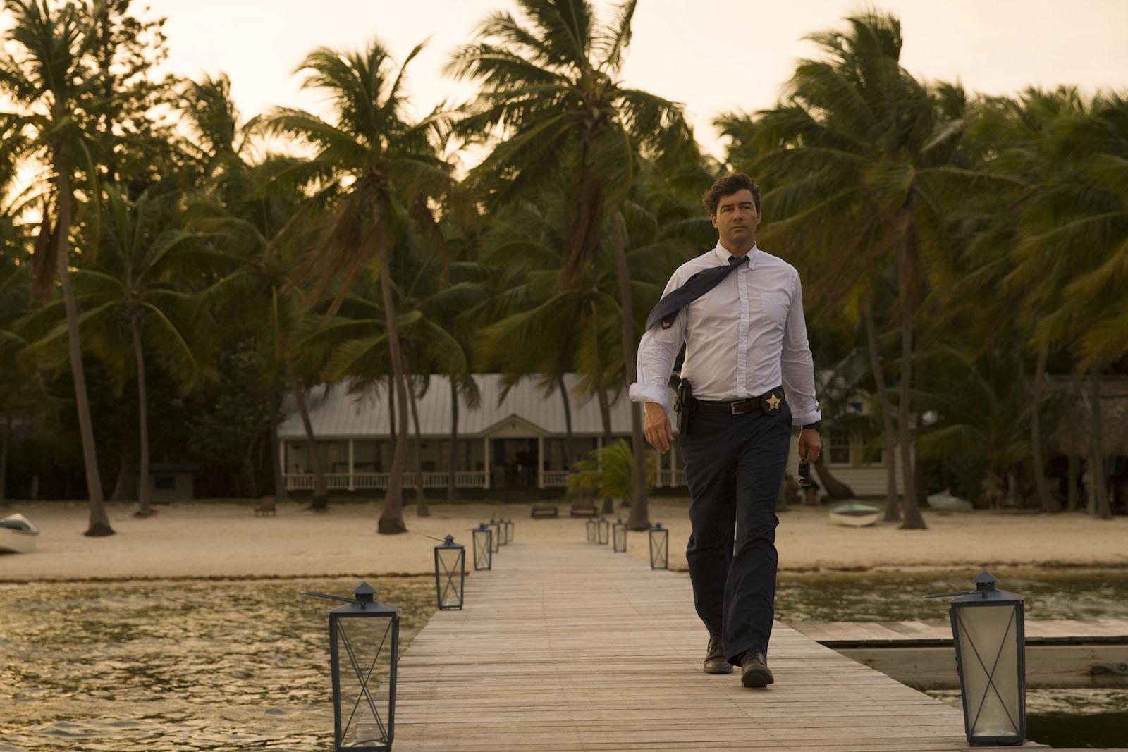 Bloodline: Kyle Chandler è John Rayburn nella serie Netflix