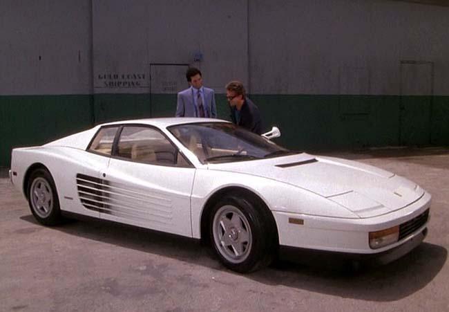 Miami Vice: Don Johnson e Philip Michael Thomas con la Ferrari bianca