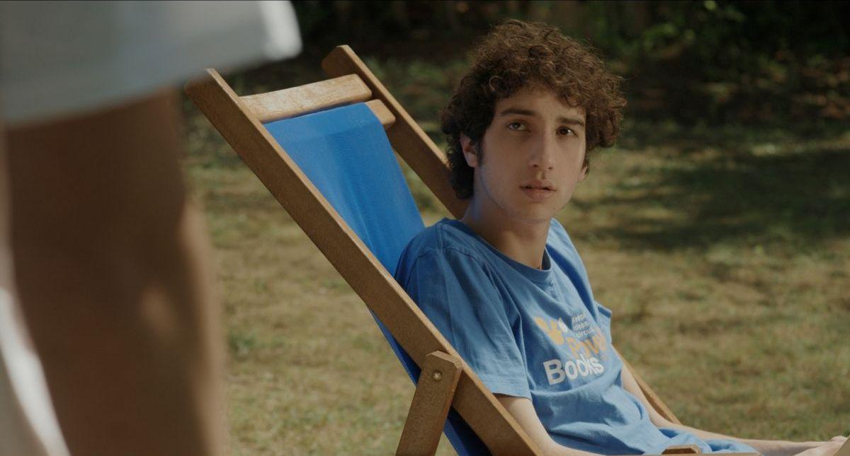 Short Skin: Matteo Creatini, protagonista nei panni di Edoardo, in una scena