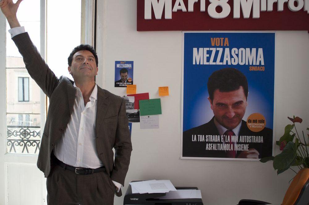 Ameluk: Mimmo Mancini nel ruolo di Mario Mezzasoma in una scena del film