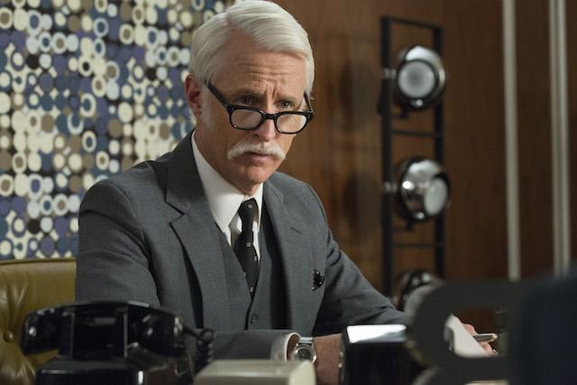 Mad Men: l'attore John Slattery interpreta Roger Sterling in Severance
