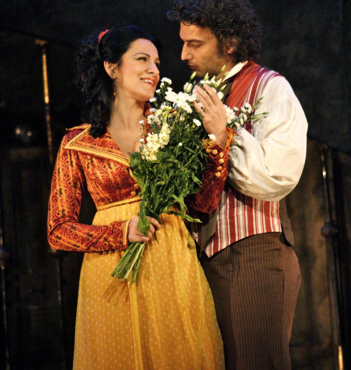 Royal Opera House - Tosca: Angela Gheorghiu con Jonas Kaufmann nei panni di Tosca e Cavaradossi