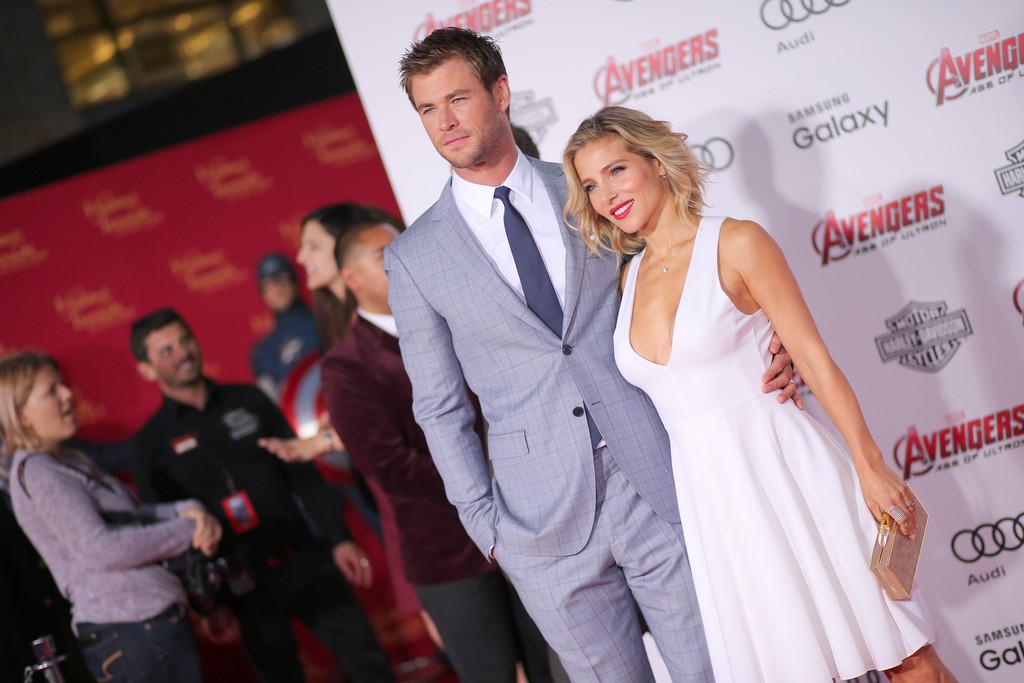 The Avengers: Age of Ultron - Chris Hemsworth con Elsa Pataki alla premiere