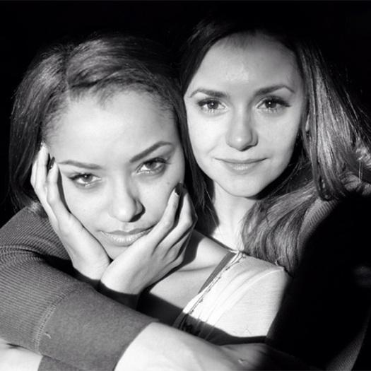 The Vampire Diaries: Nina Dobrev e Kat Graham sul set dell'ultima scena che hanno girato insieme