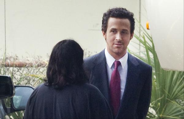 The Big Short: Ryan Gosling in un'immagine scattata sul set del film