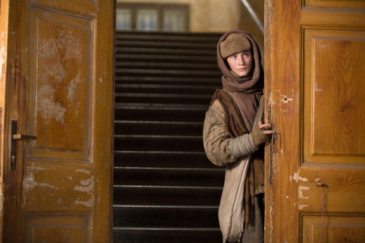 Child 44 - Il bambino n. 44, il giovane Xavier Atkins in una scena