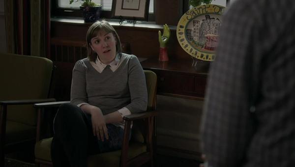 Girls: Lena Dunham in una scena dell'episodio Daddy Issues