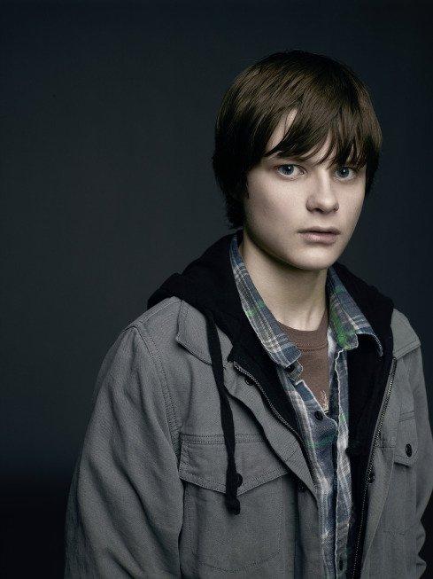 Wayward Pines: Charlie Tahan in una foto promozionale della serie