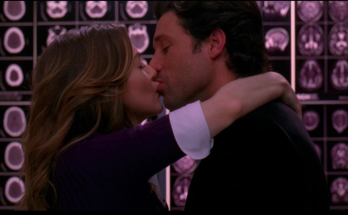 Ellen ompeo e Patrick Dempsey nell'episodio Elevator Love Letter di Grey's Anatomy