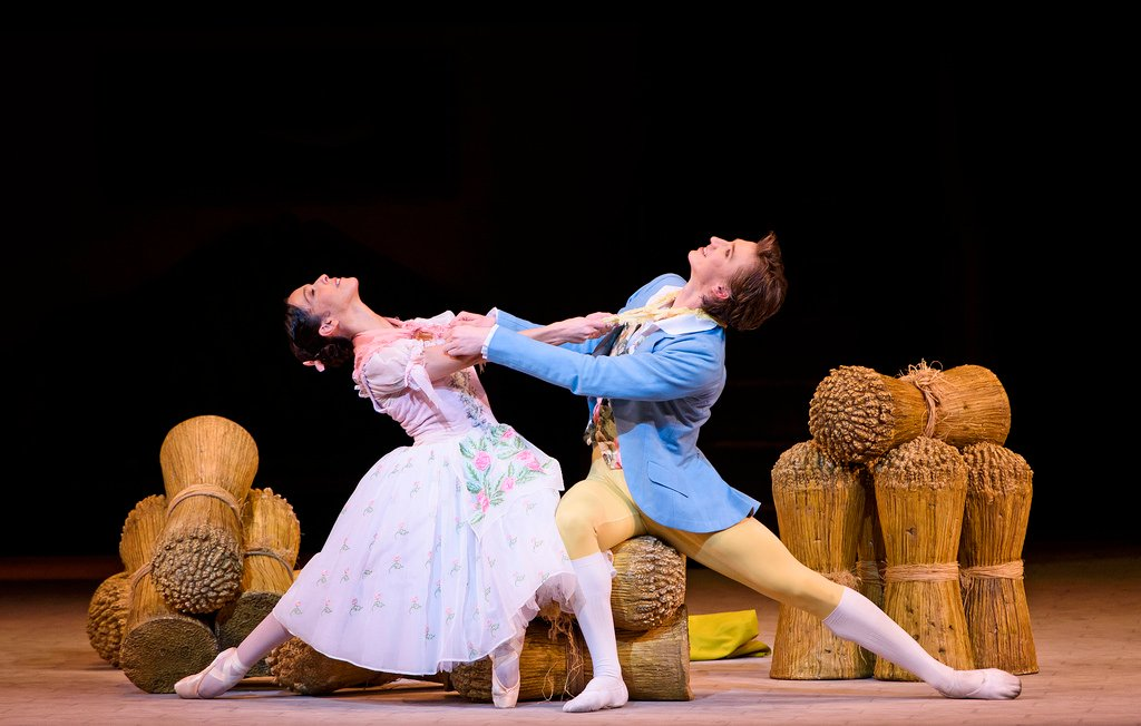 Royal Opera House - La fille mal gardée: una scena del balletto