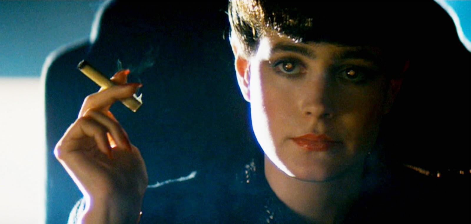 Sean Young in Blade Runner - una scena del film