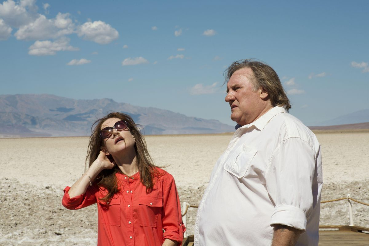 Valley of Love: Gérard Depardieu in una scena del film drammatico con Isabelle Huppert