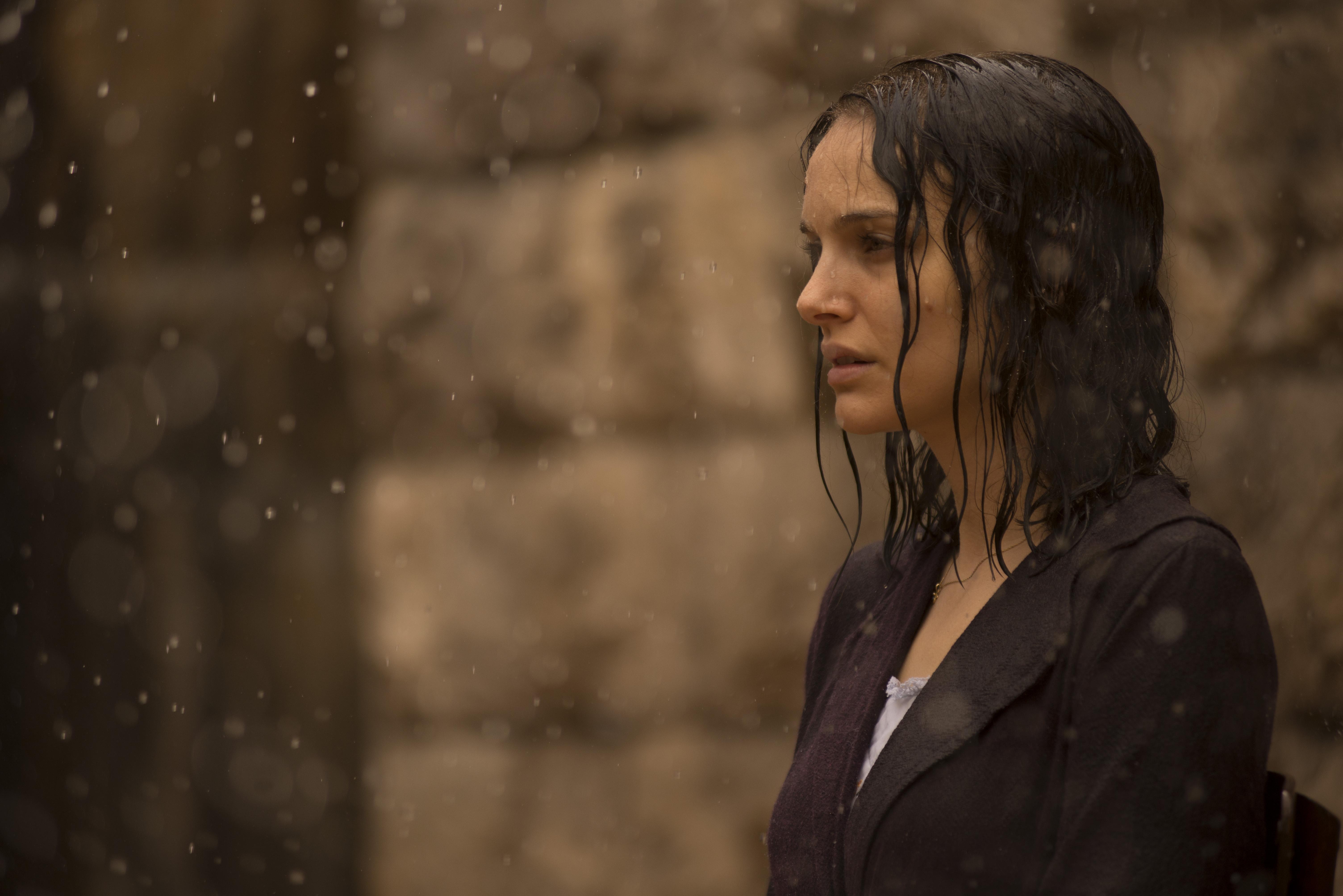 A Tale of Love and Darkness: Natalie Portman in una scena del film