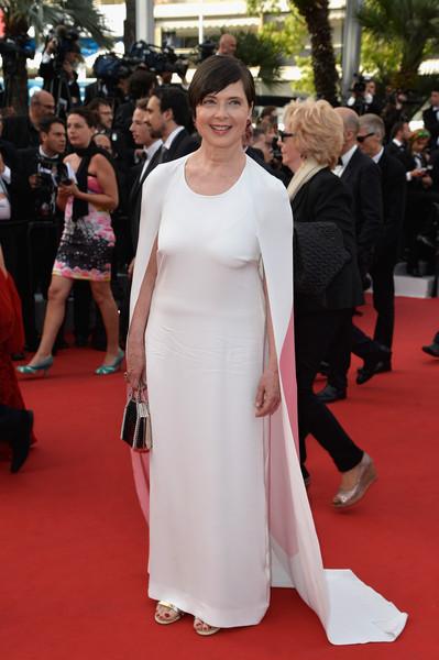 Cannes 2015: l'attrice Isabella Rossellini sfila sul red carpet della serata d'apertura