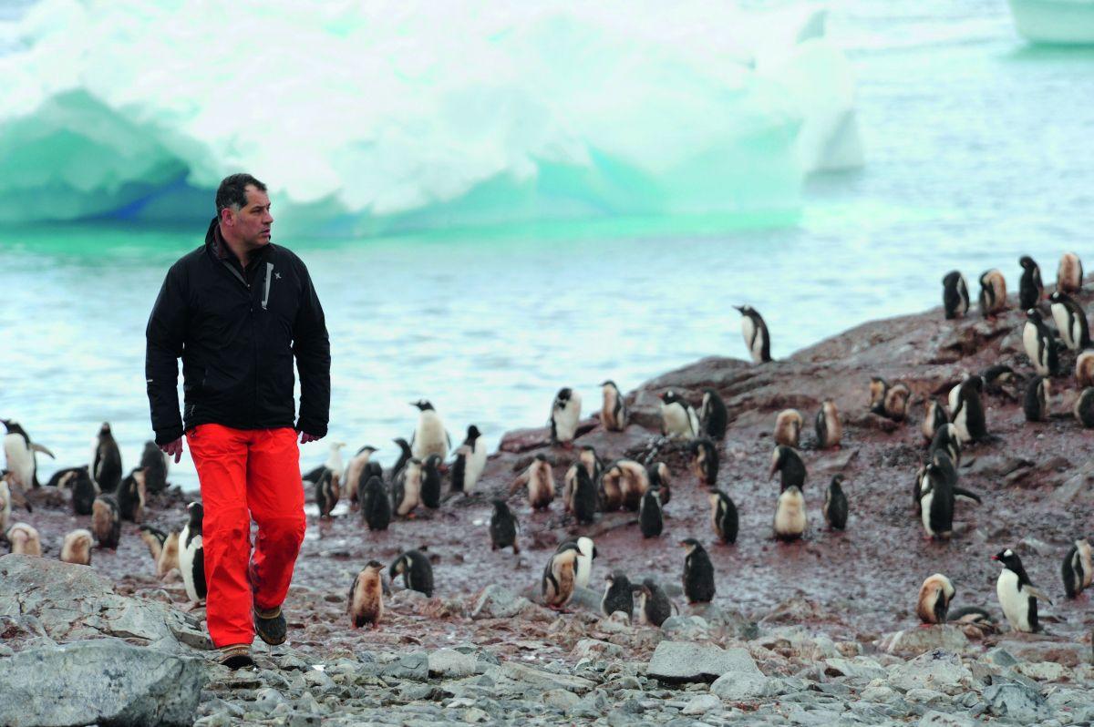 Ice and the Sky: il regista Luc Jacquet sul set del documentario