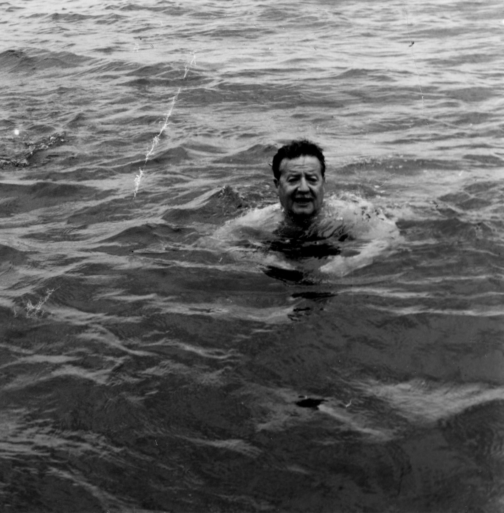 Allende, mi abuelo Allende: un'immagine di repertorio del documentario di Marcia Tambutti Allende