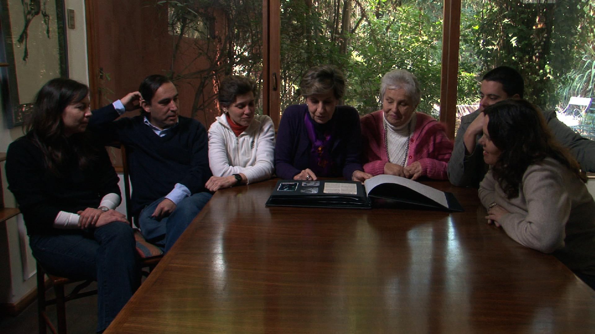 Allende, mi abuelo Allende: una scena del documentario di Marcia Tambutti Allende