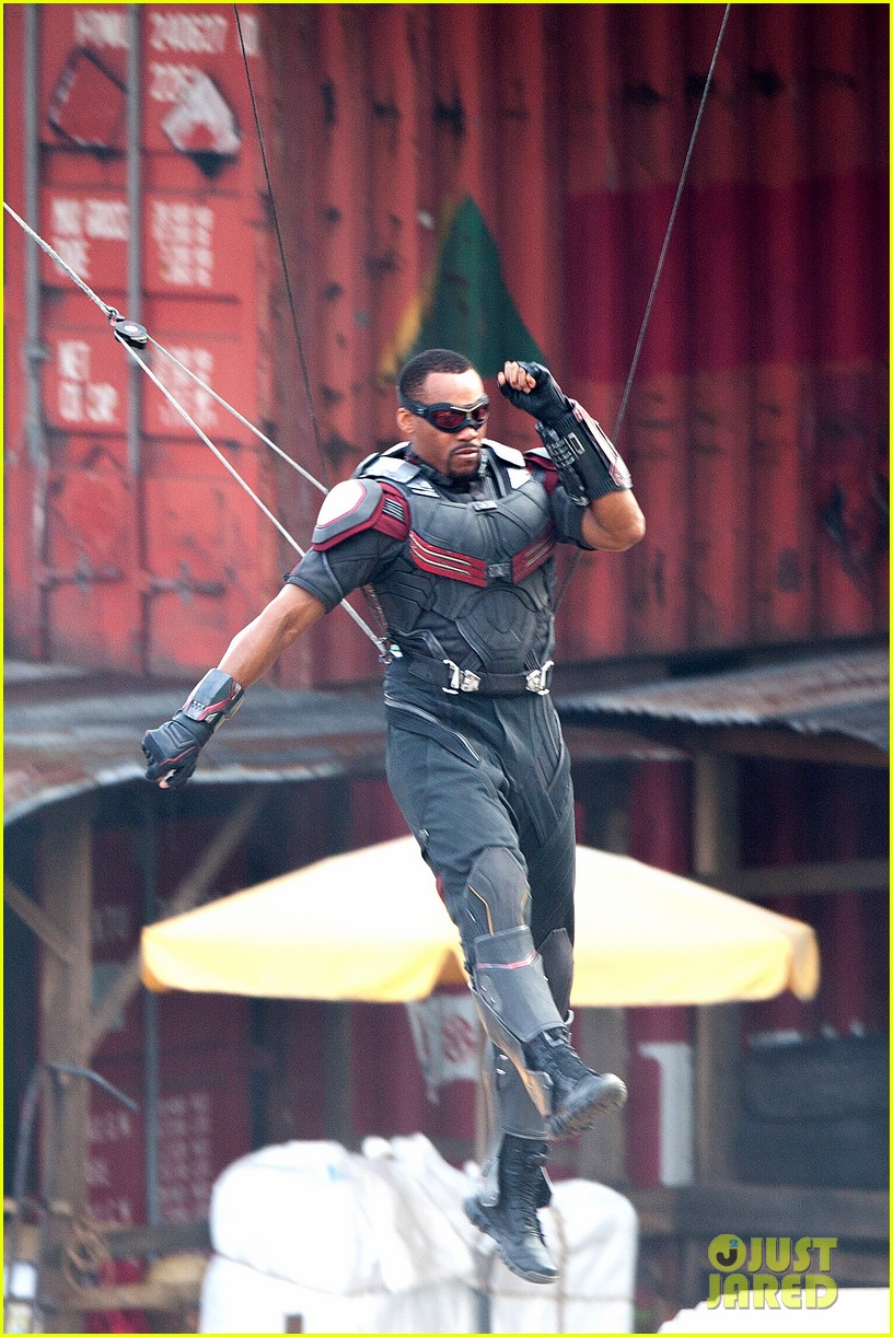 Captain America: Civil War - Anthony Mackie durante le riprese