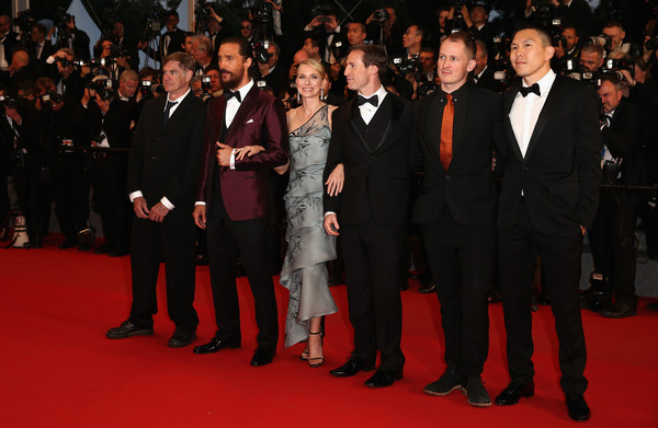 Cannes 2015: foto di gruppo sul red carpet della première di The Sea of Trees