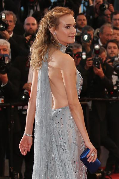 Cannes 2015: Diane Kruger sfila sul red carpet