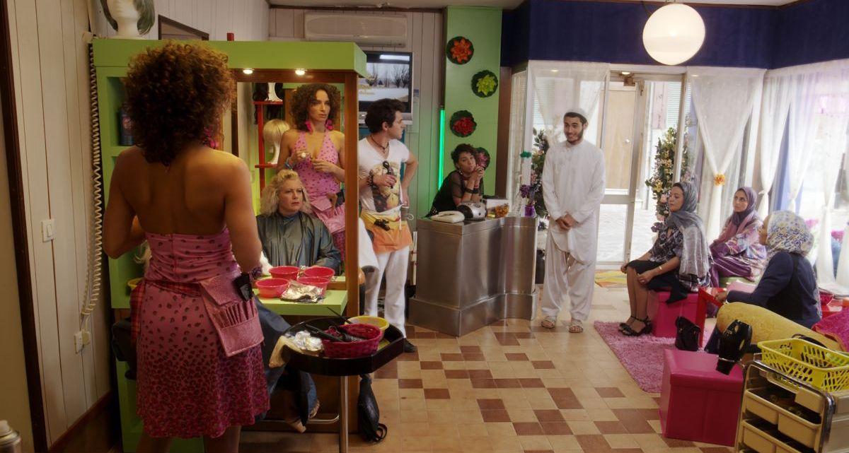 Pitza e datteri: Mehdi Meskar e Maud Buquet in una scena del film