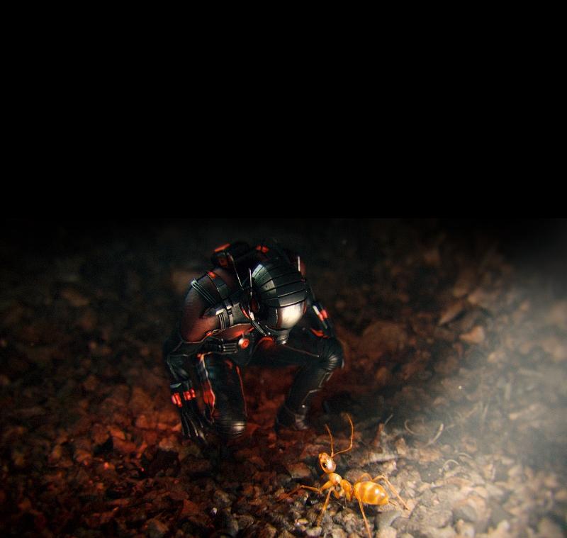 Ant-Man: Paul Rudd intento a comunicare con una formica